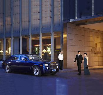 Luxury Limousine Photo
