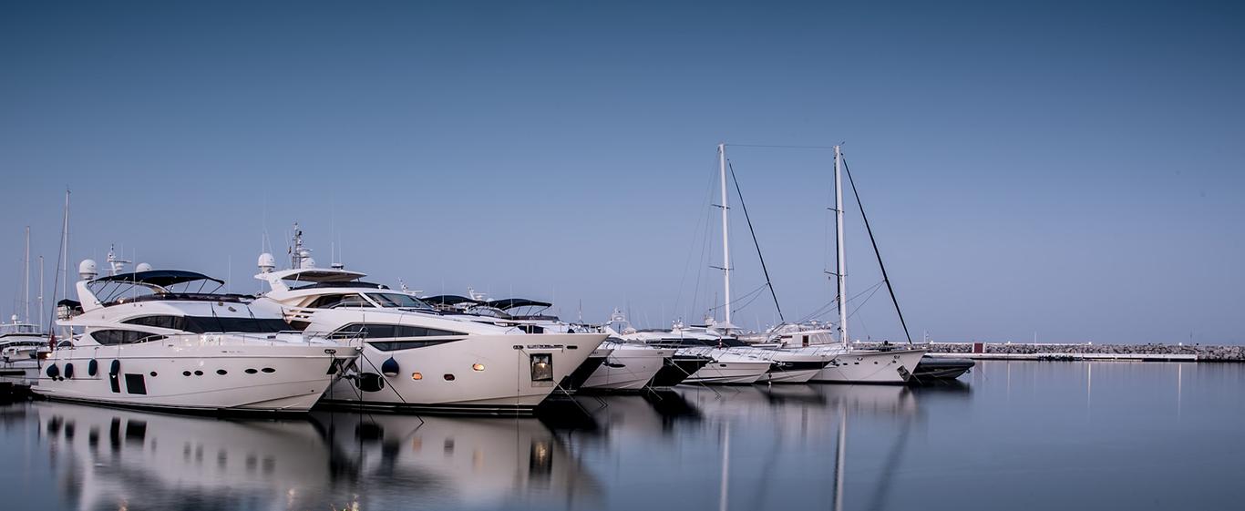 Luxury Yachts Photo